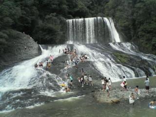 龍門の滝・・・